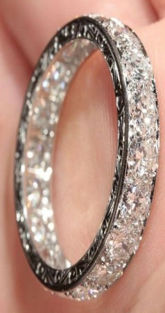 اثمن المجوهرات (1)