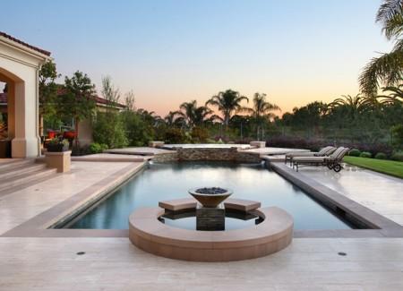 اشكال وتصميمات حمام السباحة الحديث (4)