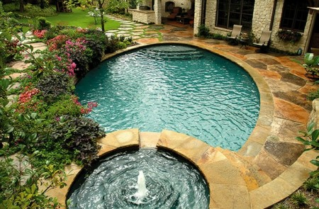 تصميمات حمامات السباحة بالصور (3)
