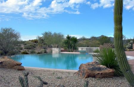 حمامات سباحة بالصور بتصميمات فخمة للفلل (2)