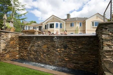 حمامات سباحة بالصور بتصميمات فخمة للفلل (5)