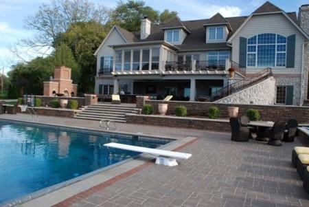 حمام السباحة (2)
