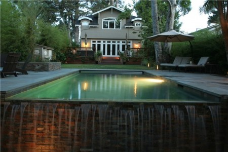 صور حمامات سباحة (1)