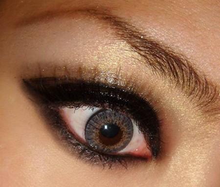 طريقة مكياج عيون (2)