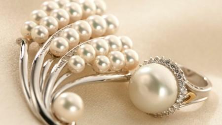 مجوهرات ثمينة (4)
