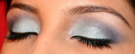 مكياج عيون صغيرة (2)
