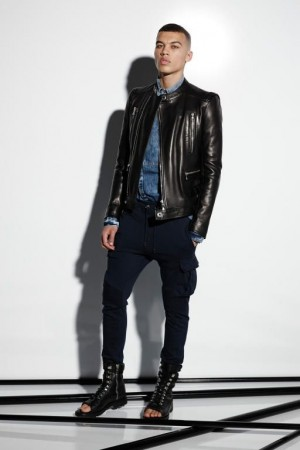ملابس شيك للرجال ماركات عالمية شباب (3)