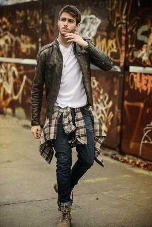 ملابس للرجال (1)