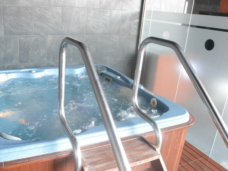 صور حمامات جاكوزي (1)