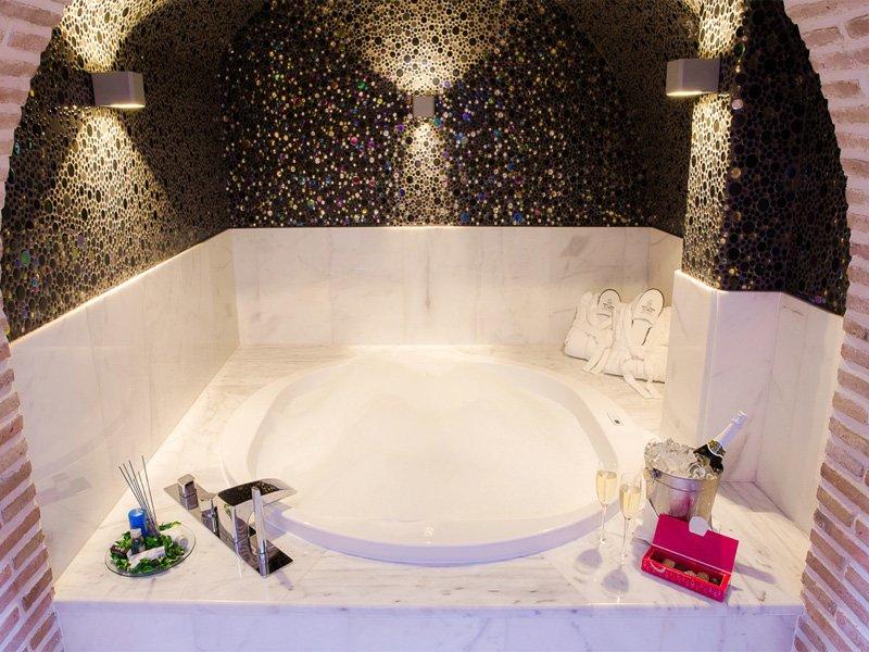 صور حمامات جاكوزي (7)