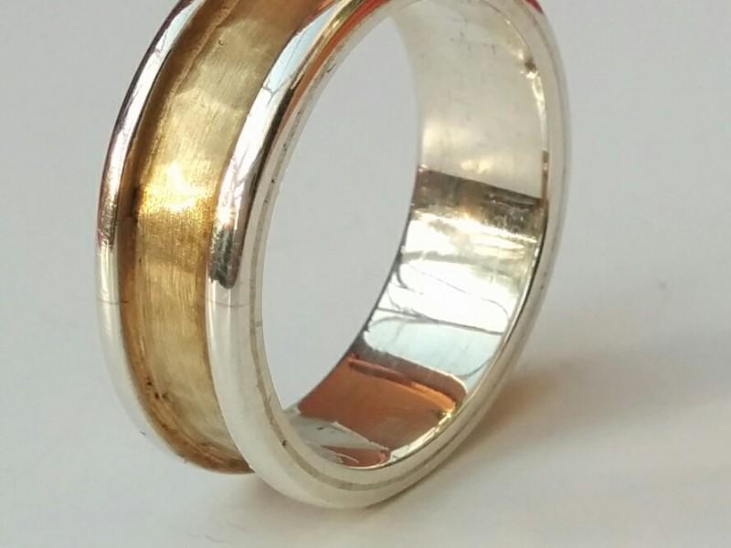خاتم الخطوبة  (2)