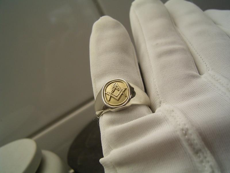 خاتم ذهب  (3)