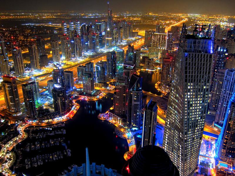 دبي (1)