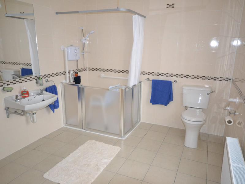 ستائر للحمامات  (2)