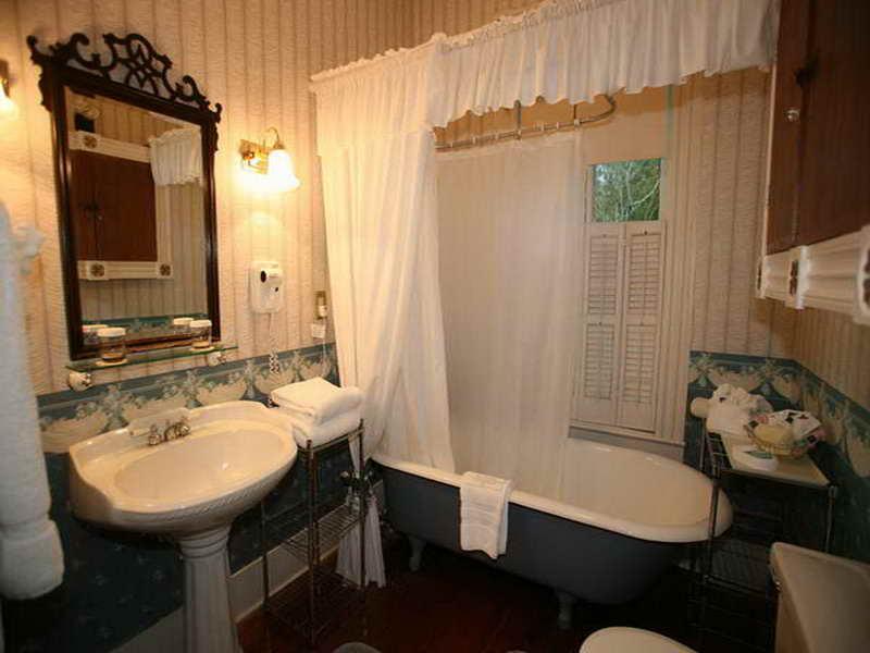 ستارة الحمام  (1)