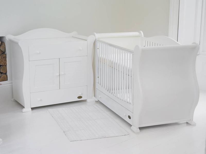 غرف نوم باللون الأبيض (5)