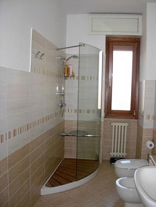 صور ديكورات حمامات صغيرة 2016 اطقم حمامات صغيرة ميكساتك