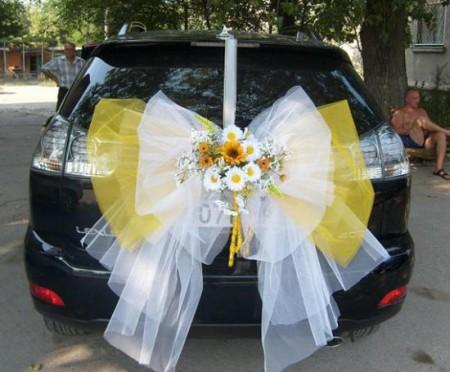 تزيين سيارة العريس في الفرح (1)