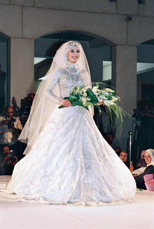 cbed0efecfc3b فساتين فرح محجبات 2016 احدث فساتين زفاف المحجبات