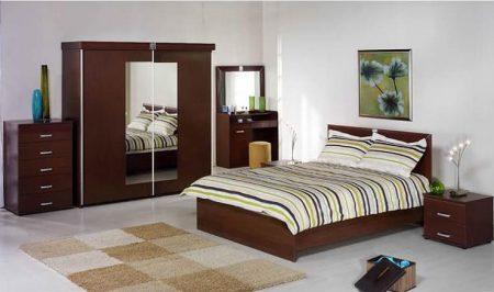 سرير غرفة النوم الرئيسية (1)