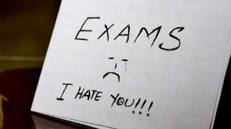 صور عن الامتحانات (1)