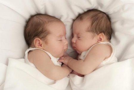 احلي واجمل اطفال توائم (2)