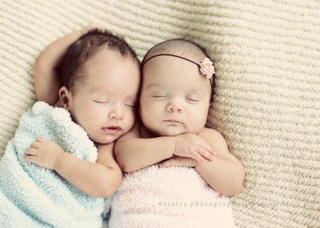 اطفال توائم جميلة جدا (1)