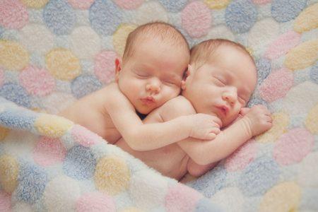 صور اطفال تؤام  (1)