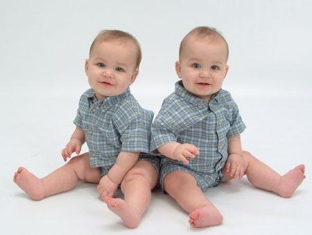 صور اطفال توأم  (2)