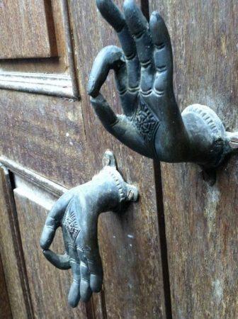 مقبض باب شقة (2)
