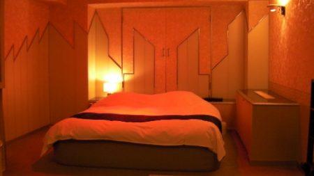 غرفة النوم 2