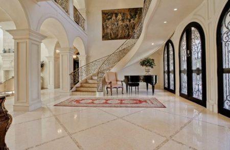 تصاميم مذهلة لمداخل منازل فخمة (6)