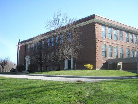 مدارس من الخارج (2)