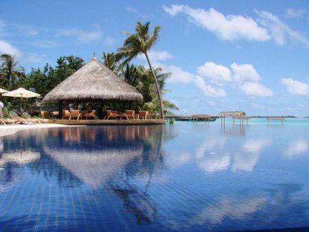 جزيرة المالديف (1)