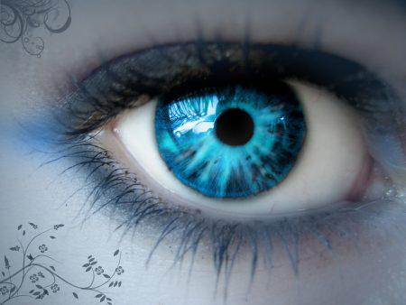 صور عيون زرقاء (2)