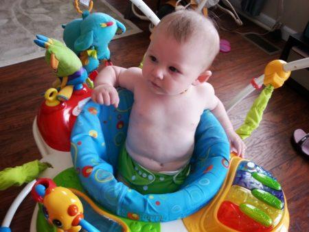كرسي الاطفال  (1)