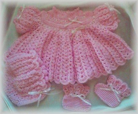 ملابس اطفال كروشيه  (2)