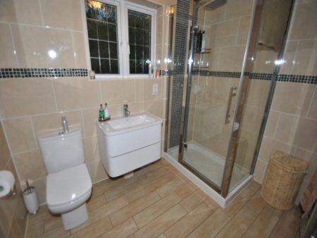 اجمل واحدث كتالوج صور اطقم حمامات (3)