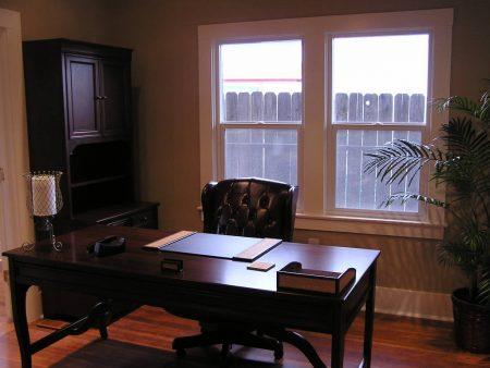 مكتب منزلي 1