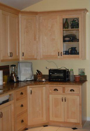 صور دواليب مطبخ بتصميمات جديدة بتصاميم مودرن  (1)