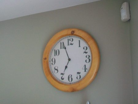 صور ساعة حائط شيك (2)