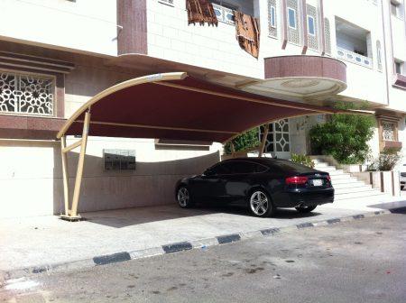 مظلات سيارات في صور وتصميمات حديثة للفلل والقصور (1)