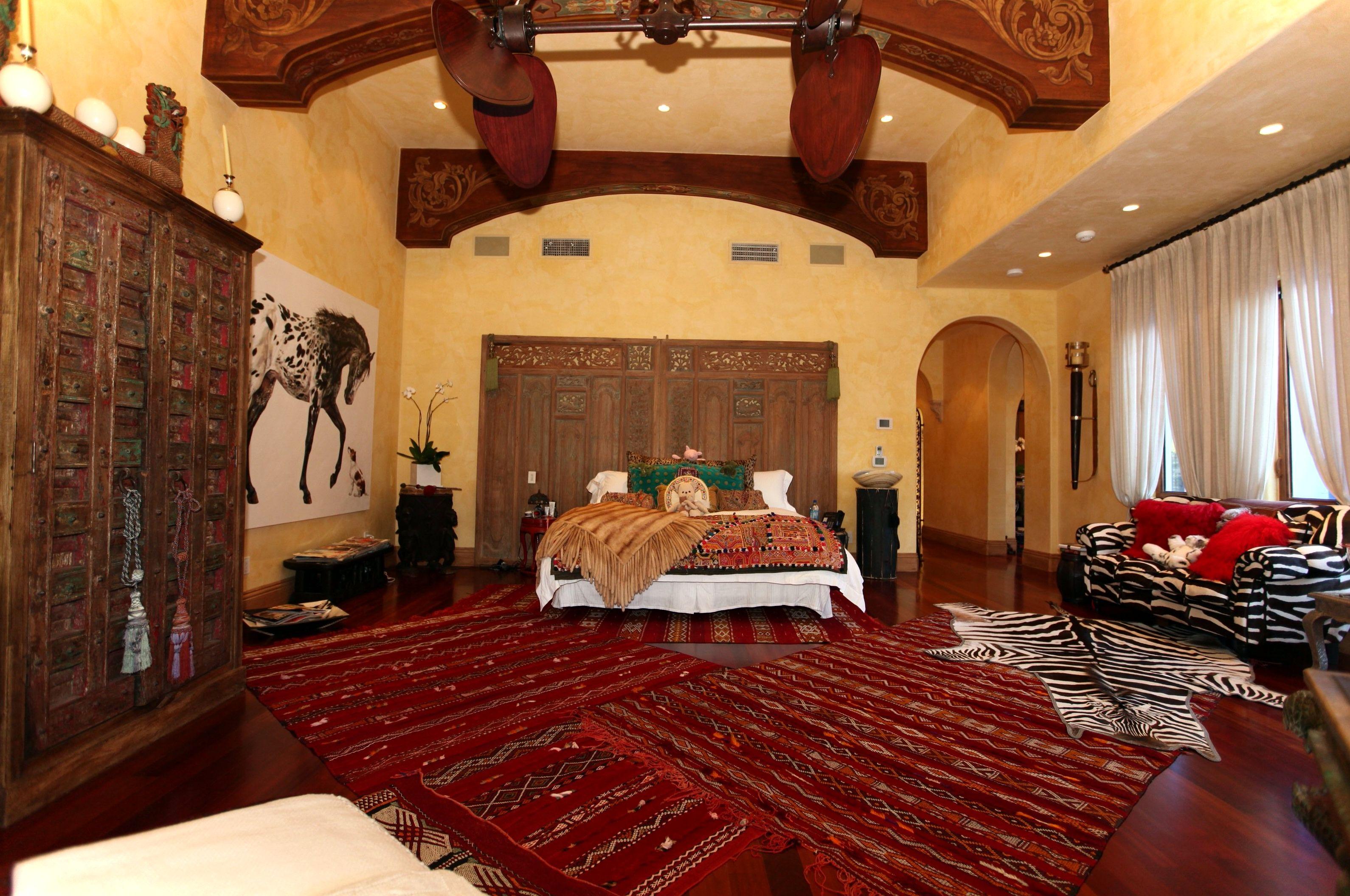 صور غرف نوم مغربية بديكورات حديثة وفخمة ميكساتك