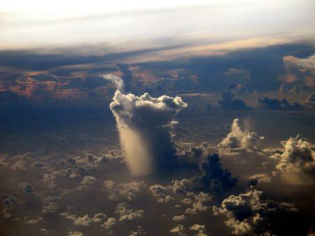 غيوم في السماء (1)
