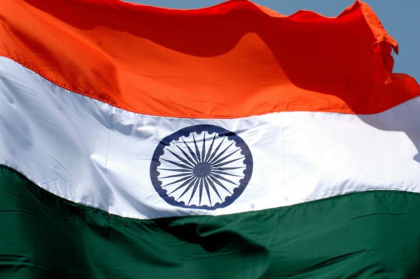 Indian Flag Flying Wallpaper: صور علم الهند رمزيات وخلفيات India Flag
