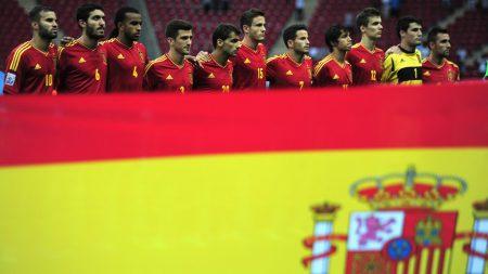 علم اسبانيا بالوانه (2)