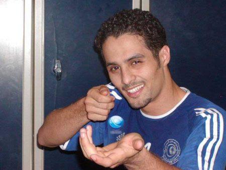 خلفيات للاعب ياسر القحطاني 4