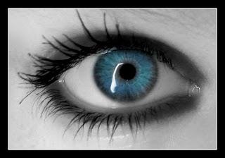 احلي صور رمزيات عيون زرقاء (1)