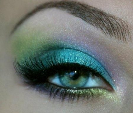رسومات عيون خضراء (1)