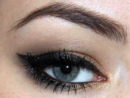 صور عيون سوداء (2)
